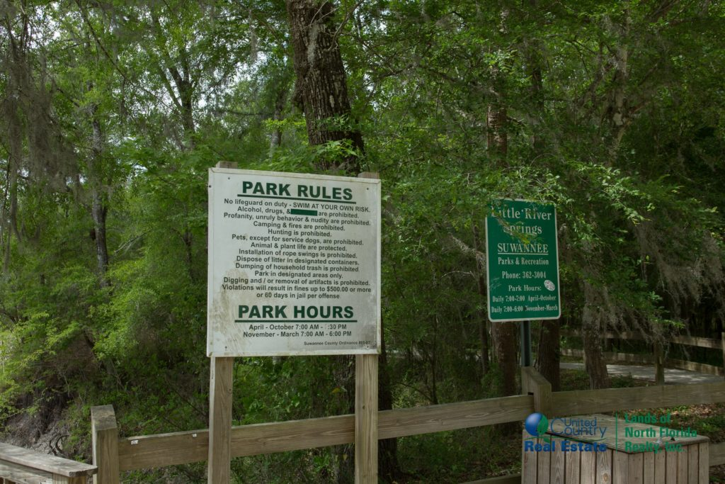 Signage with park rules for Little River Springs