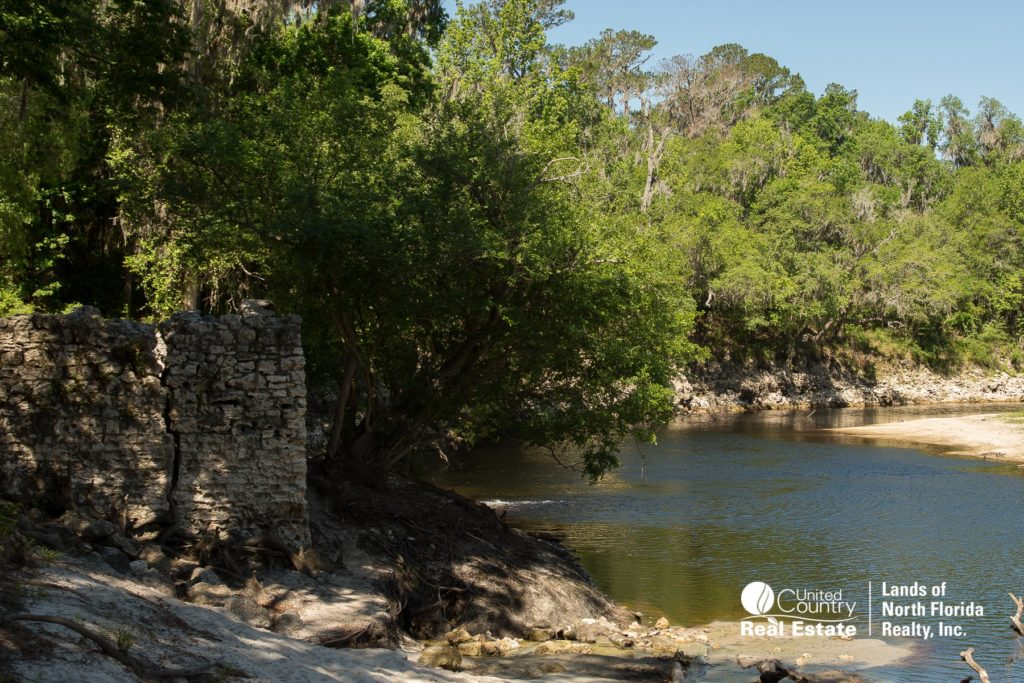 Suwannee Springs - corner of old bath house